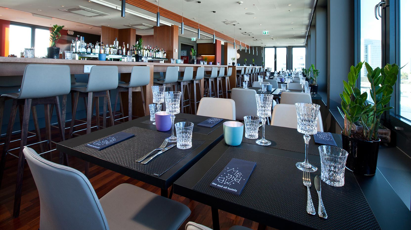 Lounge_Restaurant_DUSIMM-01